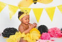 Bee Girly Cake Smash Theme Inspiration
