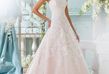 Wedding Dresses / David Tutera, Venus Bridal, Mary's Bridal, Da Vinci Bridal