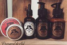 Beard Monkey / Beard Monkey este un brand suedez de cosmetice profesionale de inalta calitate, conceput special pentru barbatii cu barba sau mustata.  https://www.pestisoruldeaur.com/Beard-Monkey