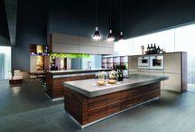 Kuchyně Team7 / Kuchyně rakouské značky Team 7 zaujmou nadčasovými liniemi a funkčností na nejvyšší úrovni.