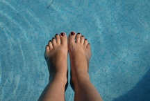 Loveable feet / bareFEET WOMEN! This is a continuously growing collection of photos, all about the beautiful foot.