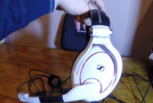 Gaming Headsets / Headsets and headphones used during PC and console gaming.