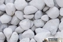 White Cobbles and Pebbles / Inspiration and ideas about using White Pebbles and Cobbles in your garden.
