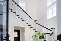 Hall och trappa