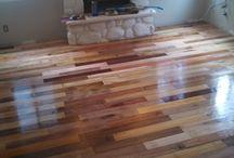 piso com tábuas de palets