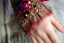 Shiny stuff / Shiny, colorful accessories to brighten up your day.  Bracelets, jewelry, shiny, armlet, necklace, stone, rock, colorful, bright, accessories, hippie, lace, leather, feather, art, hobo, chique, creative, pendants.