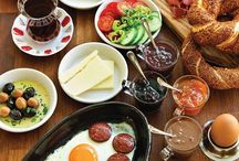 turkish breakfeast