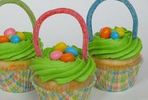 Cup cake, pops  and more for kids.