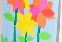 Květinové tvoření + srdíčka