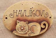 keramika znamení, cedulky