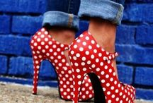 Shoes/Shoes/Shoes / by Arwa