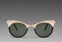 sunglasses / by Amiroh Swnigers