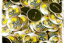Badges, Buttons, Pins, Mugs, T-shirts, Stickers, Silicone Wristbands, KeyRings - ChapeaButtons.com / Chapea.com - custom badges, pins, keychains, t-shirts, mugs, pens, magnets with designs that you want ... Variety of personalized products, corporate gifts, merchandising, maketing. Original gifts and advertising www.ChapeaButtons.com