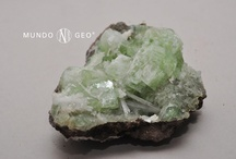 ROCAS Y MINERALES / by Cati bl