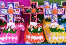 Día de Muertos en México / Tradiciones, ofrendas, gastronomía y algo más de esta festividad  / by Lidia Nava Turismo