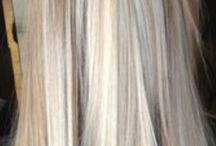 Blondes / Into the world of blondes