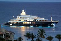 Luxury boat / Every body like the boats, but only the rich people buy it!