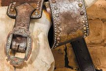 Double J Saddlery Accessories / Fine leather products from Double J Saddlery. Double J artisans craft purses, totes, handbags, clutches, belts and more right here in the U.S.A from the finest materials using hand tooling and other traditional methods. #doublejsaddlery #AmericanMade #tradition #leatherwork #handtooled