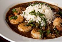 New Orleans Food and Where to Eat? / From soul food to fine dining, New Orleans is a foodie's paradise. From Creole to Cajun to seafood, we have it all. Follow your flavor!