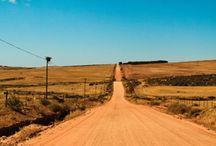 // ROAD TRIP / // Endless roads that make you dream
