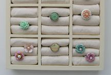 Jewelry storage / ideas for organizing adornments attractively :)