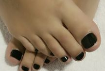 beautiful feet / all these feet are made beautiful by me.