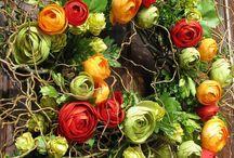 Wreath Ideas / by Jennifer Salts