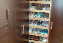 zapatero closet