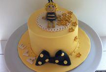 Beemaya beecake cake