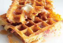 BREAKFAST/BRUNCH / Recipes specifically for breakfast and brunch items / by Edie Stockman