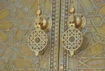 Doorways / Doors, windows, gates and knobs