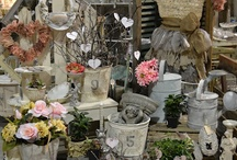 Born Trendy Boutique ~ My imaginary storefront / If I ever own an awesome store, then I will have a board full of ideas