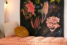NEXT LEVEL TAPESTRIES / https://interiorsonline.com.au/blogs/inspiration/next-level-tapestries-to-transform-your-home