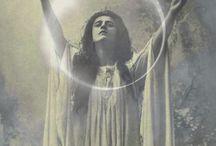 high priestess of the moon
