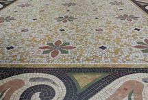 Sols et murs à la Villa Roassieux / Mosaïques et carreaux