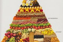 Vegetarian Foods / by Angie Dinkins