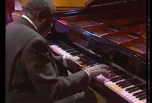Piano virtuoza. / Jazz az egész világban halhato.