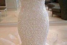 laced wedding dresses / Bruidsjurken met kant