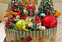 Lorraine Loves Christmas Vintage