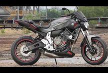 Moto - FZ-07 / MT-07