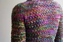 I <3 Pooling Yarns / Fantastic examples of hand dyed pooling yarn in knitted and crocheted projects