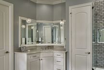 Bathrooms / Renovated Bathrooms and spaces by Capital Renovations