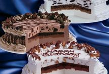 cakes / by Laurie Ringgold