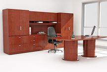 Escritorios / PM Steele fabrica los escritorios más resistentes y cómodos para su beneficio.
