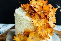 Cake with pineapple flowers