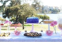 Julia's Cake Stand Rental Dessert Stands / View Julia's Cake Stand Rentals' Dessert Stands!
