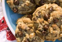 Culinary Creations ~ Cookies & Bars / by Sommer Hovey