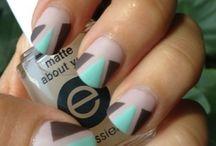 nails / by Melanie Fellows