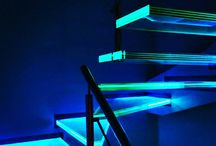 Półkowe schody szklane / Glass stairs