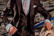 Groom suits for weddings in garden and beach environments Fashion2016 Collection Ottavio Nuccio Gala / Lightweight fabrics and nice collection 2016 Fashion Ottavio Nuccio Gala for a fantastic environment. Explosion of colors for an unforgettable day.